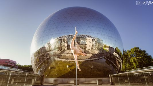Bodies, Movements and Scenic Landscapes
