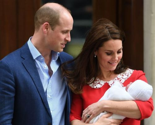 PHOTO. Le prince Louis est le portrait craché de Kate Middleton au même âge