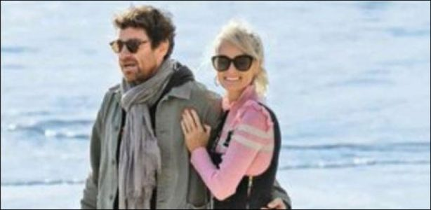 People en France - Laeticia Hallyday rompt avec Pascal Balland