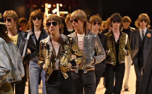 Paris Fashion Week Homme:  nostalgie seventies chez Celine, Lanvin en vacances