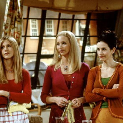 Lisa Kudrow explique ses complexes face à Jennifer Anniston et Courteney Cox dans Friends